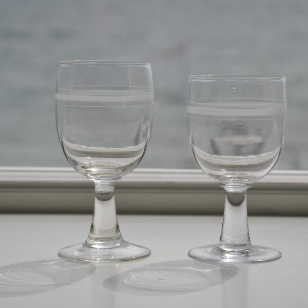 6 rødvinsglas med cisseleret mønster