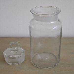 Apotekerglas med låg