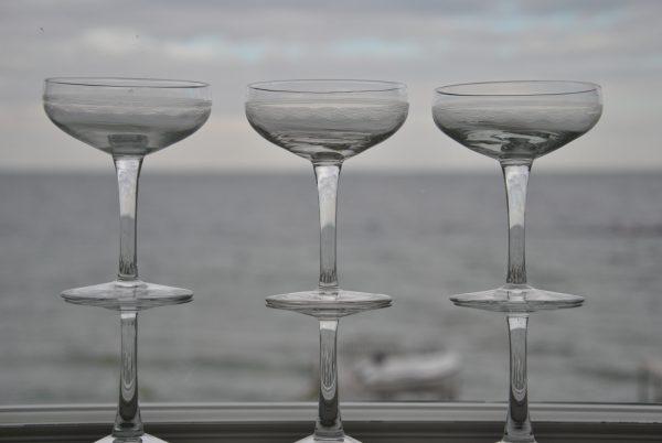 8 Gamle Franske champagneskåle