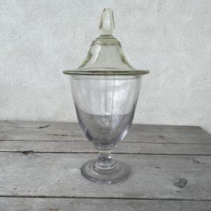 Stort krystalglas med låg