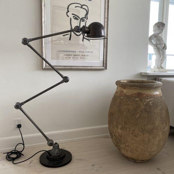4 armet gulv Jieldelampe